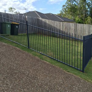 Raked Fencing
